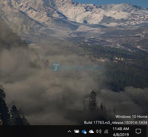 cach hien thi phien ban windows 10 tren desktop 5
