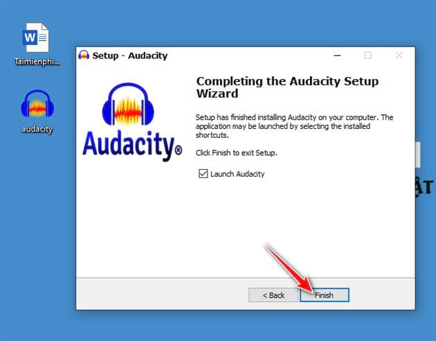 Downloading and setting audacity on computer 11