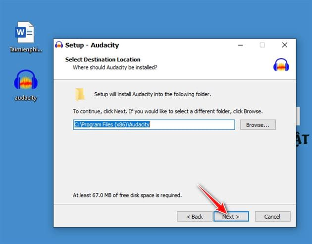 Downloading and setting audacity on computer 7